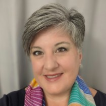 Profile picture of Traci Hamill